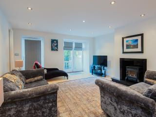 York Place Apartment - Edinburgh vacation rentals