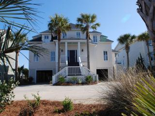 Gorgeous Oceanfront, 7 Bd, 5.5 Ba, w/Pool/Spa! - Isle of Palms vacation rentals