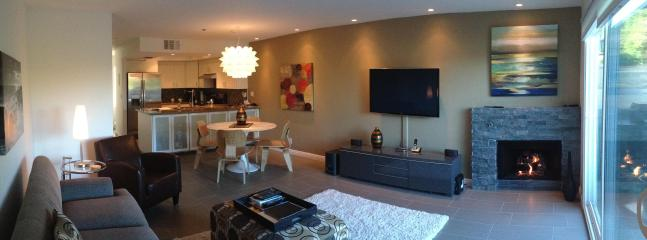 Panoramic of living,dining and kitchen - DT Palm Springs  - Complete remodeled 2 Bd Condo - Palm Springs - rentals