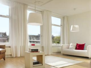 Amsterdam Penthouse City Center on canal: 3 bedrooms & 2 bathrooms - Amsterdam vacation rentals