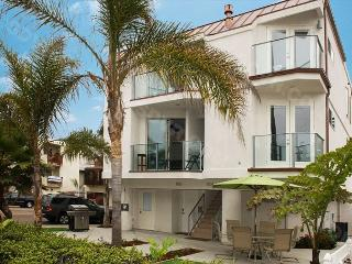 Newly Constructed Luxury  3-Bedroom/3-bath in South Mission Beach - San Diego vacation rentals