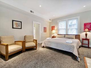 Embassy Suite on Embassy Row! DuPont Circle - District of Columbia vacation rentals