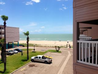 1319 - Beach Access Condo! Sleeps 6! - Corpus Christi vacation rentals