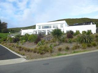 Luxury Contemporary Private Bed and Breakfast  in Nelson City - Nelson-Tasman Region vacation rentals