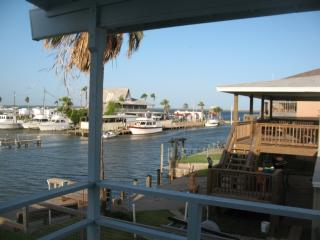Waterfront Home in Palm Harbor Sleeps 9 - Rockport vacation rentals