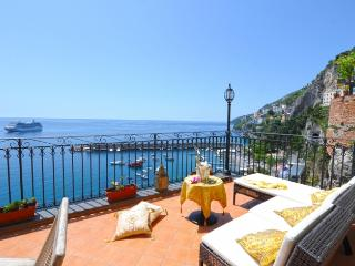 Afrodite house in the centre of Amalfi - Amalfi vacation rentals
