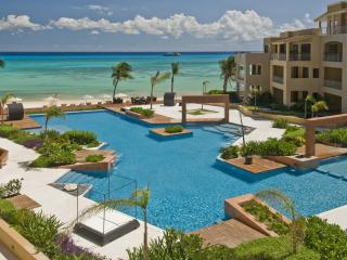 Full Beachfront Penthouse Right in Downtown - Playa del Carmen vacation rentals