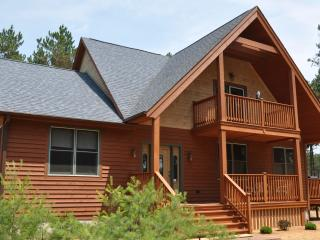 Red Pines Lodge-Family friendly near Wis. Dells - Arkdale vacation rentals