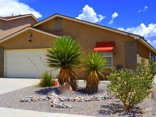 STUNNING Views ~ Stellar Reviews! - Albuquerque vacation rentals