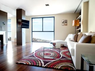 B118 NEW LUXURY CITY CENTRE APARTMENT - Catalonia vacation rentals