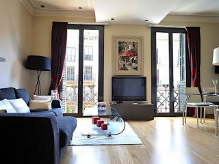 B200 CITY CENTRE ART DECO - Barcelona vacation rentals