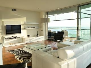 B303 BEACH STYLISH APARTMENT - Barcelona vacation rentals