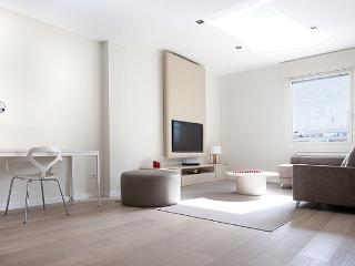 B342 LUXURY CITY APARTMENT I - Barcelona vacation rentals