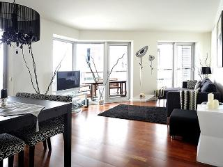 B410 BEACH POOL TERRACE - Barcelona vacation rentals