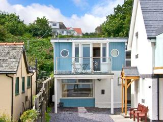 MIN Y TRAETH, detached cottage, opposite beach, en-suites, in Amlwch, Ref. 28035 - Amlwch vacation rentals