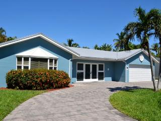 Waterfront, prime Location in Naples, Royal Harbor - Naples vacation rentals