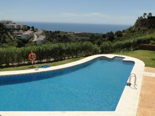 Lovely apartment, pool. sea views, BBQ, wifi. - Nerja vacation rentals
