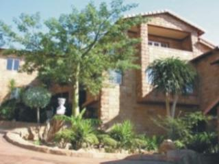 Front View - Ikhaya Guest House Exclusive Accommodation - Johannesburg - rentals