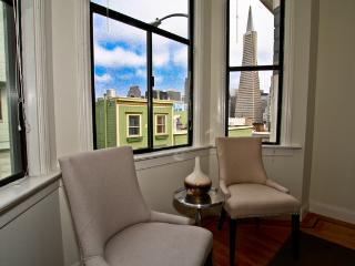 North Beach - Transamerica Pyramid View - San Francisco vacation rentals