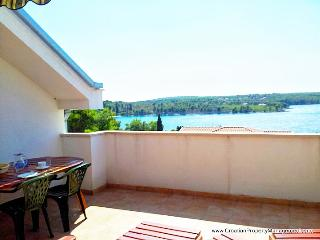 Seaside Village - apartment Ružmarin - Brac vacation rentals