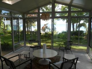 Suttons Bay Waterfront Home, Free Wifi - Suttons Bay vacation rentals