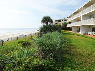 1st Floor Oceanfront Schooner Point Oceanfront 3/2 - New Smyrna Beach vacation rentals