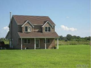 CONTEMPORARY FARMHOUSE SET ON 3 ACRES OF LAND - Orient vacation rentals