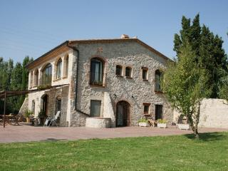 B&B located inside a nature reserve,near the beach - Sant Pere Pescador vacation rentals
