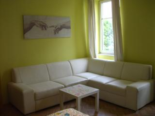 Little paradise - 6 min to center - Sabadell vacation rentals