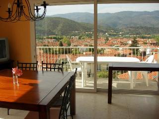 Bellevue Villa - Well-equipped House Close to Lake Train Shops Bars - Prades vacation rentals
