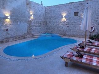 Malta, Zejtun. Holiday house with private pool. - Zejtun vacation rentals