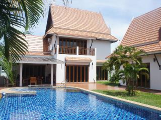 Top luxury villa with 4 bedrooms for rent Rayong - Rayong vacation rentals