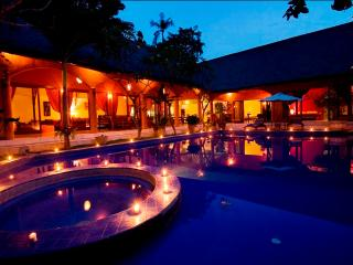 Tropical 3 Bedrooms Villa Oberoi Seminyak - Seminyak vacation rentals