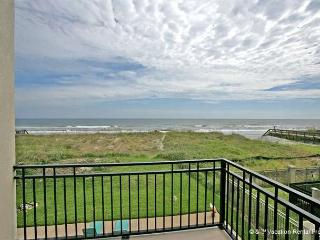 Golden Star Upper Level, 4 Bedroom & Loft, Sleeps 12, BeachFront - Jacksonville vacation rentals