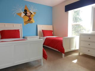 Great location 5 minutes from Disney - Kissimmee vacation rentals