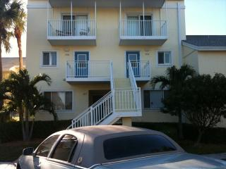 2 BR Lakeside Condo Indian River Plantation - Florida Central Atlantic Coast vacation rentals