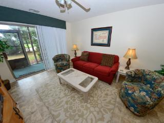 True Blue - near beaches/pools/Jacuzzi/WiFi - Myrtle Beach vacation rentals