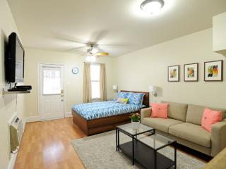 Cozy Hyde Park Guest House in Central Austin - Austin vacation rentals
