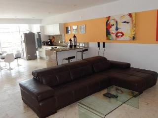 Beautiful Condo For 6 People - Playa del Carmen vacation rentals