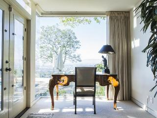 Mulholland Drive - Los Angeles County vacation rentals