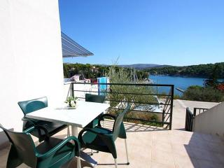 Seaside Village - apartment Maslina - Milna vacation rentals