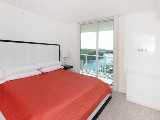 2 bed / 2 bath apartment in Miami 5-8 - Sunny Isles Beach vacation rentals