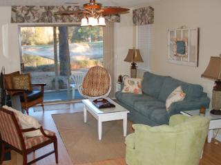 Nice True Blue Golf Course Condo - Myrtle Beach vacation rentals