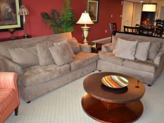 Lovely 2BR Yacht Club 1-202, giant pool/WiFi!!! - North Myrtle Beach vacation rentals
