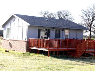 Beyond The Hill House Guthrie Oklahoma - Guthrie vacation rentals