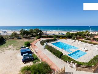 Flat with swimming pool, in front of the beach!!! - Trapani vacation rentals