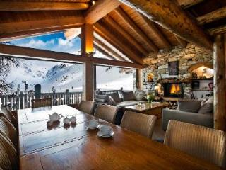 Chalet Lafitenia- unique Alps view, Ski-in/Ski out, 2 jacuzzis & staff - Val-d'Isère vacation rentals