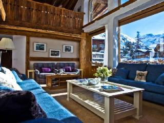 Chalet La Bergerie- superb Alps view, Ski-in/Ski-out, Jacuzzi- sauna - Val-d'Isère vacation rentals