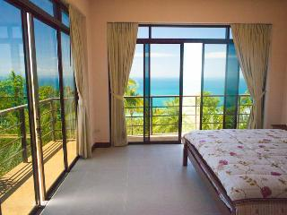 Villa Luori,  3 bedroom sunset ocean view villa - Nathon vacation rentals