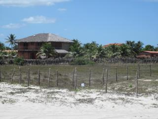Coqueiro on the beach sand -Preà - Jericoacoara - - Jericoacoara vacation rentals